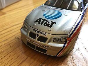 【送料無料】模型車 モデルカー スポーツカーデイトナチームキャリバーnascar daytona 500 atamp;t 2002 team caliber 124