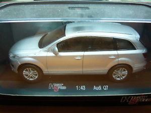 【送料無料】模型車 モデルカー スポーツカーアウディhigh speed 143 audi q7 43kfb39s