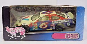 【送料無料】模型車 モデルカー スポーツカーホットホイールレーシングレースデラックス##マーティンダイカストnascar hot wheels racing 1999 034;race day deluxe034; 6 martin valvoline diecast 124