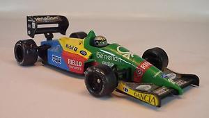 【送料無料】模型車 モデルカー スポーツカーオニキスフォーミュラモデルフォーミュラナニーニ#onyx formula 1 models 143 benneton b18889 formula 1 a nannini ovp 280