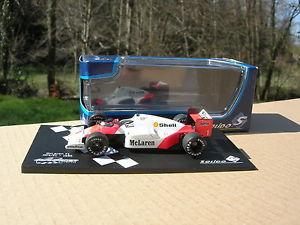 【送料無料】模型車 モデルカー スポーツカーフォーミュラアランプロストsolido 143 formula 1 mc laren mp42c n 1 year 1986 alain prost