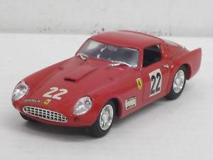 【送料無料】模型車 モデルカー スポーツカーフェラーリツアードフランスモデルボックスferrari 250 gt tdf tour de france no 22 in red, o ovp, model box revell, 143