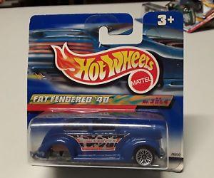 【送料無料】模型車 モデルカー スポーツカーホットホイールエラーフェンダーhot wheels error hinterachsse missing fat fender 40 bnib