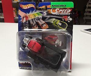 【送料無料】模型車 モデルカー スポーツカーホットホイールマイクロスピードウィンドウhot wheels micro speed demonds 3 window 32 bnib