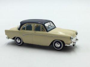 【送料無料】模型車 モデルカー スポーツカーフランスブックレットthe dove p 60 143 french cars norev n3135 booklet