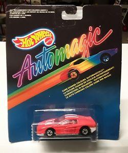 【送料無料】模型車 モデルカー スポーツカーホットホイールフェラーリhot wheels automagic ferrari bnib