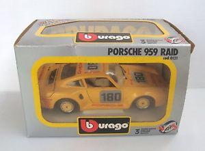 【送料無料】模型車 モデルカー スポーツカーミニチュアポルシェボックスminiature vehicle porsche 959 raid 124 burago tbe in box ref 0121