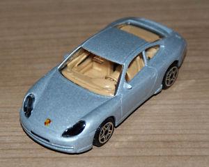 【送料無料】模型車 モデルカー スポーツカーポルシェ#bburagoporsche 911 carrerasilver 143 65