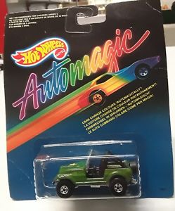 【送料無料】模型車 モデルカー スポーツカーダークグリーンホットホイールジープオリジナルボックスオンhot wheels automagic jeep in dark green with original box