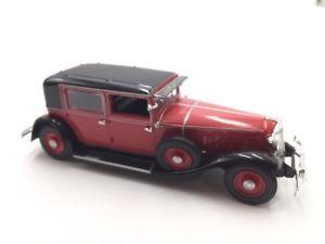 【送料無料】模型車 モデルカー スポーツカールノーフランスrenault reinastella rm2 1932 143 french cars norev n133135 fasci