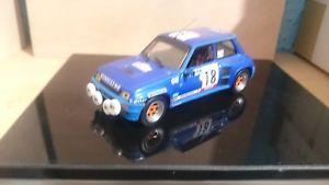 【送料無料】模型車 モデルカー スポーツカールノーターボrenault 5 turbo 18
