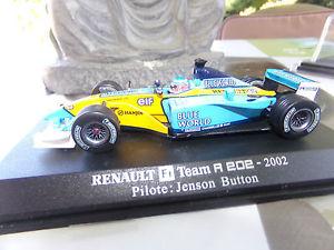 【送料無料】模型車 モデルカー スポーツカーミニチュアカーユニバーサルルノーチームボタンminiature car 143 universal hobbies renault f1 team r 2022002j button