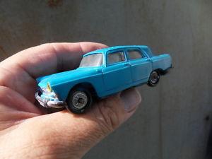 【送料無料】模型車 モデルカー スポーツカービンテージプジョーvintage toys car peugeot 404 51 norev old toy 143
