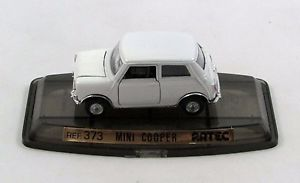 【送料無料】模型車 モデルカー スポーツカーミニクーパーホワイトmini cooper white 373 artec 143 pilen