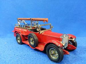 【送料無料】模型車 モデルカー スポーツカーロールマッチボックスモデルロイスmatchbox models of yesteryear y6 1920 rolls royce fire engine