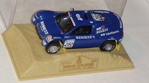 【送料無料】模型車 モデルカー スポーツカールノーメガーヌラリーパリダカールグローバルリレーrenault mgane 143 rally paris dakar 2000global relay ered10 cars