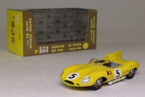 【送料無料】模型車 モデルカー スポーツカージャガータイプルマンbrumm r151; jaguar d type; 1956 le mans, ecurie belge; rn 5; excellent boxed