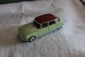 【送料無料】模型車 モデルカー スポーツカーミニチュアminiature vehicles 114 ds 19 1956
