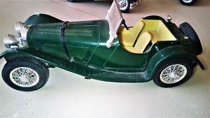 【送料無料】模型車 モデルカー スポーツカージャガースカラnice car jaguar ss100 1937 burago scala 118