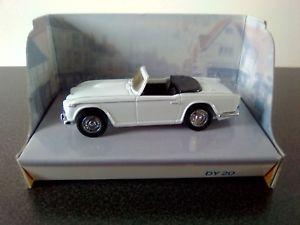 【送料無料】模型車 モデルカー スポーツカーマッチボックスtriumph tr4 an irs 1965 143 dinky matchbox ref dy20 box