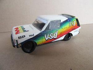 【送料無料】模型車 モデルカー スポーツカーキットクラフトレンジローバー#ダカール762a kit craft base heller range rover vsd 153 dakar 1982 zaniroli 143