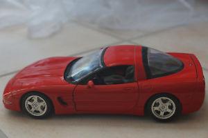 【送料無料】模型車 モデルカー スポーツカーコルベットbburago chrevolet corvette c5 1997, red