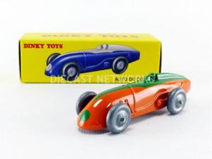 【送料無料】模型車 モデルカー スポーツカーオートレースバージョンdinky toys 143 auto racing late version 23a
