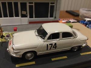 【送料無料】模型車 モデルカー スポーツカーラリーカーpl17 panhard limited edition rally cars 143