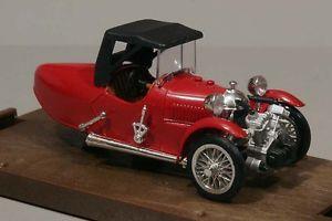 【送料無料】模型車 モデルカー スポーツカースポーツクローズbrumm r004darmont sport closed 1929 143 boxed