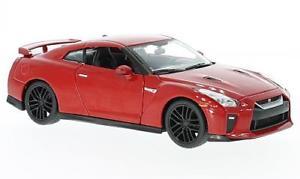 【送料無料】模型車 モデルカー スポーツカーgtr124bburagonissan gtr, red, 124, bburago