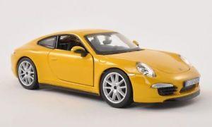 【送料無料】模型車 モデルカー スポーツカーポルシェ911991カレラsイエロー124bburagoporsche 911 991 carrera s, yellow, 124, bburago