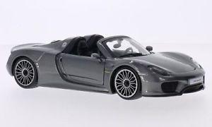 【送料無料】模型車 モデルカー スポーツカーポルシェ918 spyder124bburagoporsche 918 spyder, metallic grey, 124, bburago