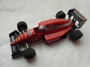 【送料無料】模型車 モデルカー スポーツカーオニキスフェラーリアンドレアデマルボロonyx 143 ferrari f189 andrea de cesaris 1989 marlboro f1 car ref 035