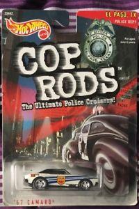 【送料無料】模型車 モデルカー スポーツカーホットホイールロッドカマロリアルライダーhot wheels cop rods 67 camaro real riders