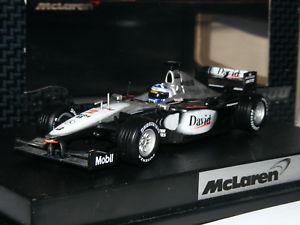 【送料無料】模型車 モデルカー スポーツカーホットホイールレーシングマクラーレンメルセデスデビッドクルサードhot wheels racing 26751 mclaren mercedes mp415 david coulthard 143