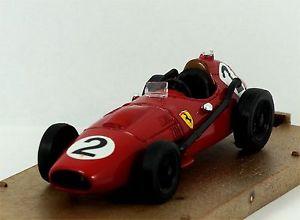 【送料無料】模型車 モデルカー スポーツカーフェラーリディノイギリスマイクホーソーンbrumm r68 ferrari dino d246 1957 british gp mike hawthorn excellent amp; boxed