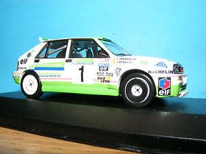 【送料無料】模型車 モデルカー スポーツカーランチアデルタスペインシリーズラリーカースケールlancia delta hf integrale spanish series rally car 1988 in 143rd scale