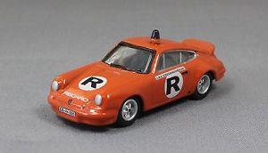 【送料無料】模型車 モデルカー スポーツカーポルシェカレラニュルブルクリンクbub porsche 911 carrera rs fire response car nurburgring 1976 08609 187 750