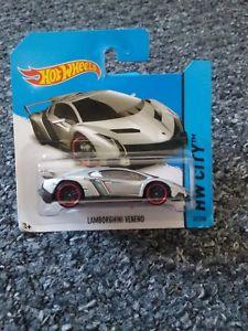 【送料無料】模型車 モデルカー スポーツカーホットホイールランボルギーニシルバーhot wheels lamborghini veneno silver 2014 hw city