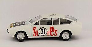 【送料無料】模型車 モデルカー スポーツカーアルファロメオツーリングカースパガーデンsolido alfa romeo alfetta gtv touring car 82 spa 1976 garden storesagip