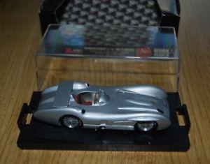 【送料無料】模型車 モデルカー スポーツカーメルセデスベンツモンツァスターリングモスbrumm mercedes benz w196c 1955 monza stirling moss