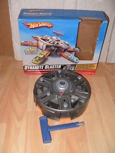 【送料無料】模型車 モデルカー スポーツカーホットホイールホットホイールダイナマイトブラスターオリジナルボックスhot wheels hot wheels dynamite blaster original box