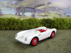 【送料無料】模型車 モデルカー スポーツカー;ダイカストポルシェスパイダーレッドramp;l diecast brumm porsche 550a spyder whitered, not boxed