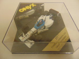【送料無料】模型車 モデルカー スポーツカーオニキスティレルヤマハstunning, onyx 277 tyrrell yamaha 024 ukyo katayama