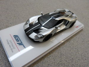 【送料無料】模型車 モデルカー スポーツカーフォードシカゴオートショーシルバーブラックモデル