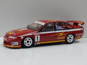 【送料無料】模型車 モデルカー スポーツカーホールデンコモドールリチャーズ#ビアンテ118 holden vr commodore 1995 tooheys 1000 skaiferichards 1 biante b180401