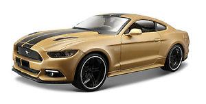 【送料無料】模型車 モデルカー スポーツカーフォードムスタングゴールデンモデルカーモデルモデルmaisto 2015 ford mustang gt golden model car car model 124 model ovp