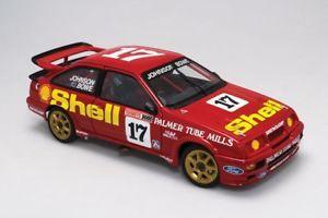 【送料無料】模型車 モデルカー スポーツカーフォードシエラドライバジョンソン#ford sierra tooheys 1000 drivers johnsonbowe 17