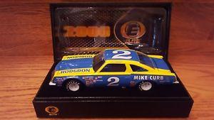 【送料無料】模型車 モデルカー スポーツカーデイルアーンハート#マイクアクションエリートdale earnhardt 2 mike curb 1980 olds 442 action rcca elite 124