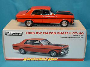 【送料無料】模型車 モデルカー スポーツカークラシックフォードホフェーズ118 classic carlectilbes ford xw falcon gtho phase ii brambles red